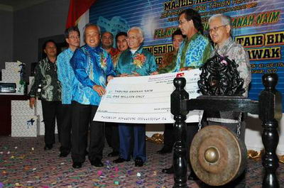 Launching Of Tabung Amanah Naim (Naim Trust Fund) By YAB