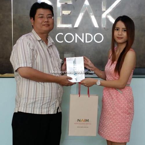 J Wong wins Naim Bintulu's car sticker Facebook contest