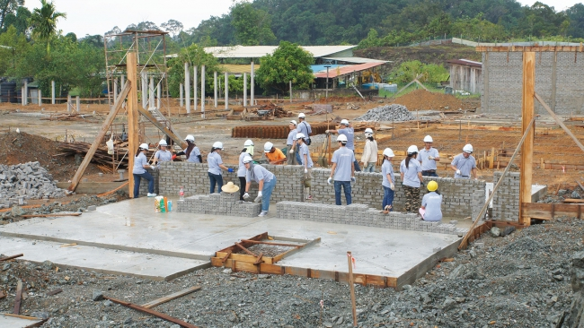 Building Houses For Those In Need: Habitat For Humanity Malaysia Borneo Blitz Build Programme